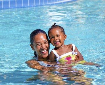 shutterstock_647157832.familyswim